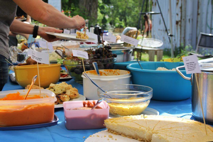 Buffet auf dem veganen Brunch im Golgi-Park 2016