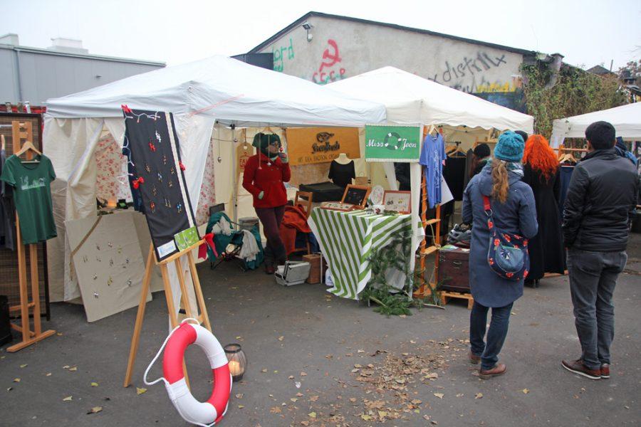 Schmuck-Stand auf dem 2. veganen Wintermarkt Dresden